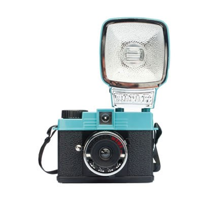 Appareil-photo-mini-diana-avec-Flash-40122730-84825