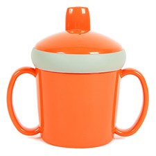 Tasse d'apprentissage orange à anses