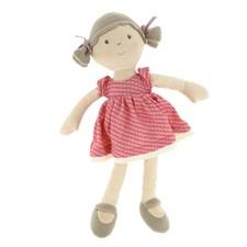 Prune ma première poupée
