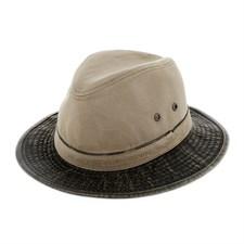 Chapeau Traveller