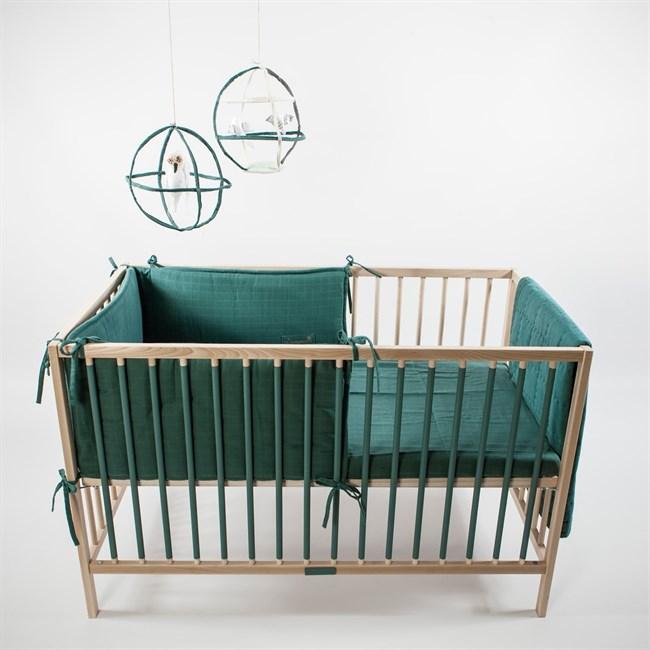 tour de lit volutif en coton biologique vert pistache nature d couvertes. Black Bedroom Furniture Sets. Home Design Ideas